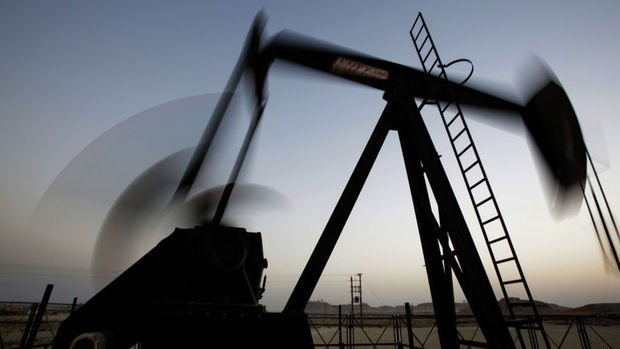 Petrol dünkü sert düşüşün ardından yükseldi