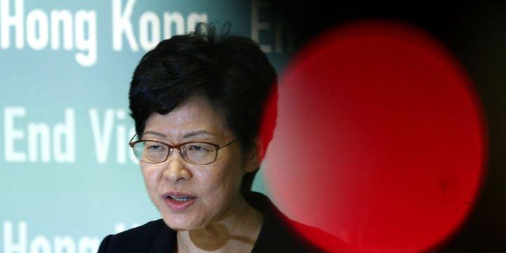 Hong Kong Yöneticisi Lam: Çin ordusu müdahale edebilir