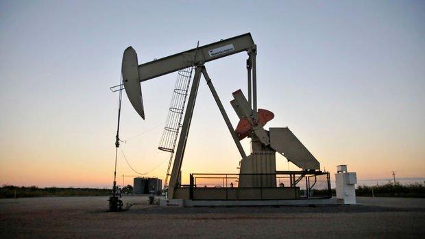 ABD'de petrol üretiminde rekor kırıldı, stoklar arttı