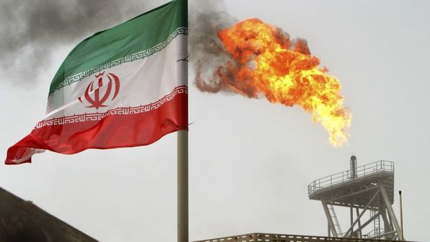 Suudi Arabistan'da İran'a ait tankerde patlama