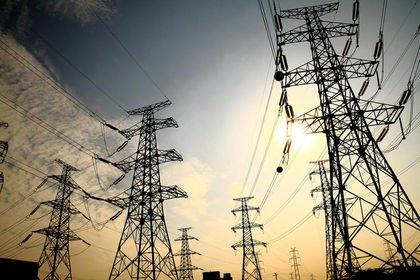 Günlük elektrik üretim ve tüketim verileri (14....