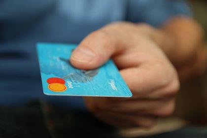 Bloomberg HT Tüketici Güven Ön Endeksi Ekim'de ...