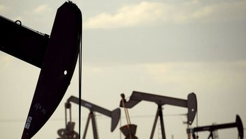 Petrol ABD'de stokların artacağı beklentisi ile yatay sey...