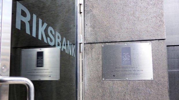 İsveç MB faiz değiştirmedi, büyüme tahminlerini düşürdü