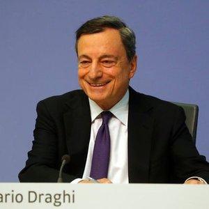 EURO'YU 'KURTARAN' DRAGHİ AMB'Yİ DE İKİYE BÖLDÜ