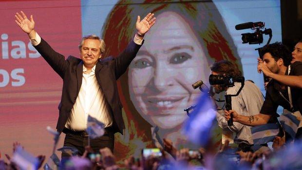 Ekonomik krizle mücadele eden Arjantin yeni devlet başkanını seçti