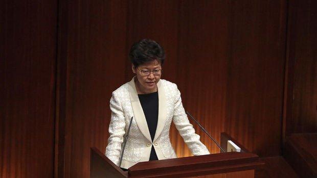 Hong Kong Baş Yöneticisi Lam'dan ekonomik durgunluk uyarısı