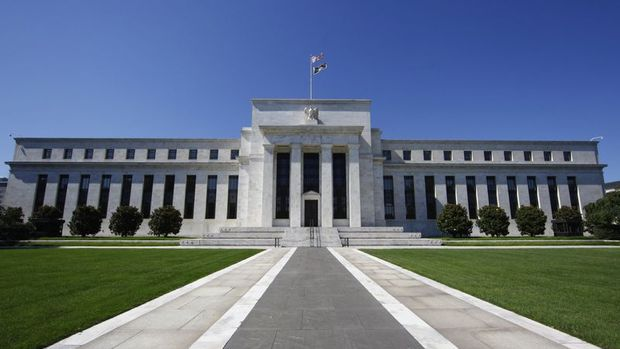 Fed art arda 3. kez faiz indirdi