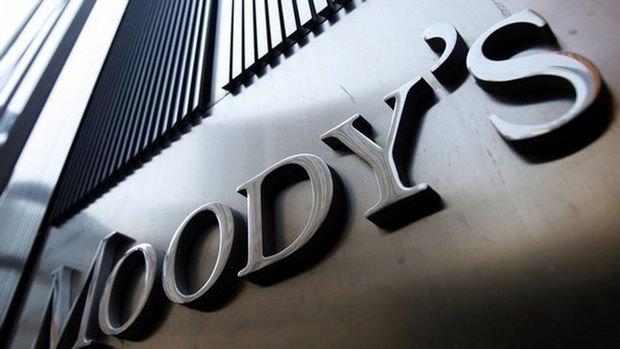 Moody's Güney Afrika'nın not görünümünü negatife çekti