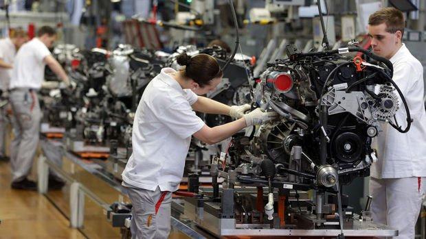 Almanya'da sanayi üretimi yüzde 0.6 geriledi