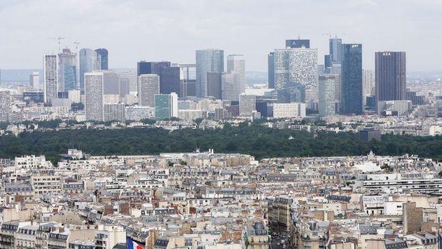 Fransa 10 yıllıklarının faizi Temmuz'da beri ilk kez artıya döndü