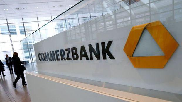 Commerzbank CEO'su Zielke hedeflerini ikinci kez düşürdü