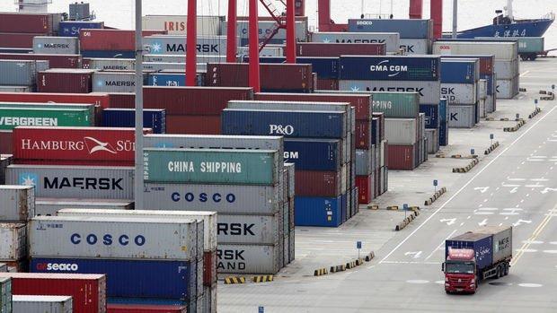 Çin'de ithalat ve ihracat beklenenden daha az geriledi