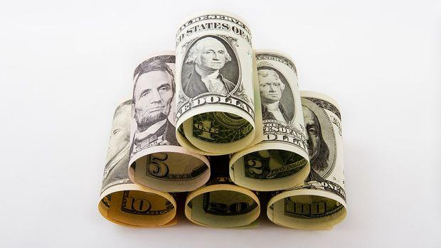 Dolar/TL 5.75'in üzerinde seyrediyor
