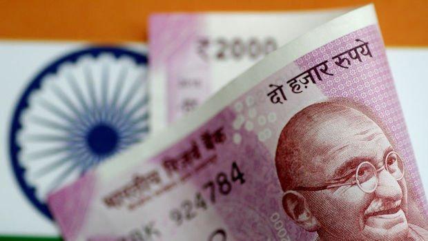 Asya'da çoğu para birimi rupi öncülüğünde düştü