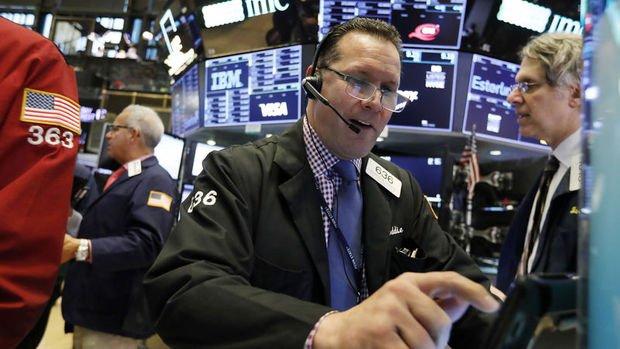 """Küresel Piyasalar: ABD hisseleri Trump'ın """"tarife"""" açıklamasıyla dalgalandı"""