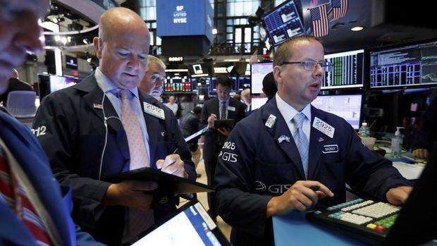 Küresel Piyasalar: Hisse senetleri yükseldi, dolar değer kazandı