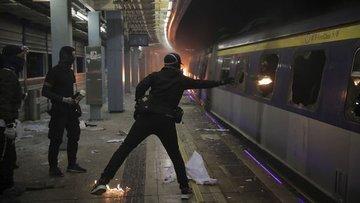 """""""Çin protestoların ardından Hong Kong'un içişlerine daha ..."""
