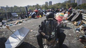 Hong Kong'daki protestolar sürüyor