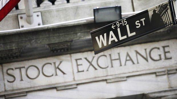 ABD'de endeksler ekonomik verilerin ardından karışık seyretti