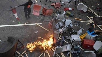 Xi: Hong Kong'un en acil meselesi şiddeti sonlandırmak