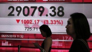 Asya borsaları 'ABD-Çin gerilimiyle' sert geriledi