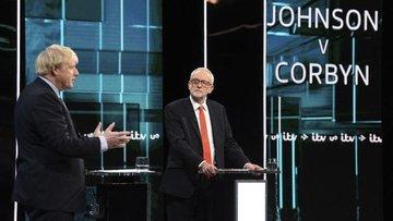 Corbyn seçim tartışmasıyla desteğini artırarak, Johnson i...