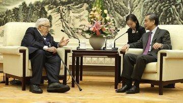 ABD Eski Dışişleri Bakanı Kissinger'dan 'soğuk savaş' uya...