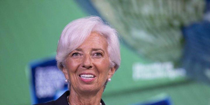 AMB Başkanı Lagarde: Euro Bölgesi