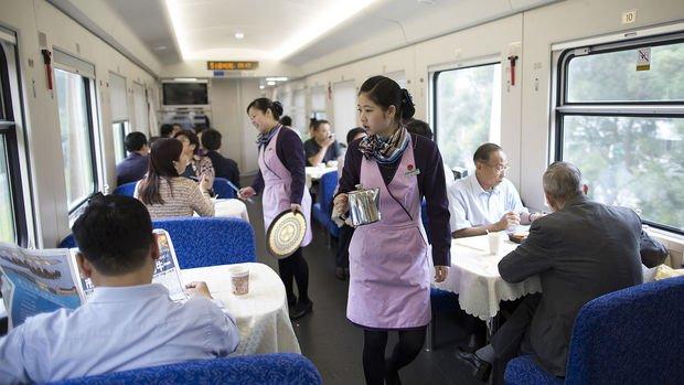 Çin hizmet PMI Kasım'da 7 ayın zirvesine tırmandı