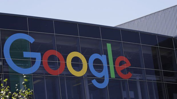 Google kurucuları Page ve Brin CEO'luğu bırakıyor