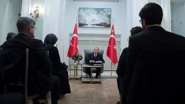 Erdoğan İngiltere'de gazetecilerle söyleşi yaptı