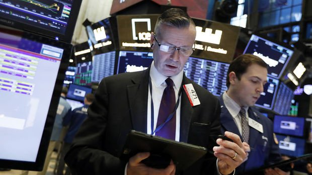 Küresel Piyasalar: Hisseler Fed ve ticaret gelişmeleri öncesinde beklemede
