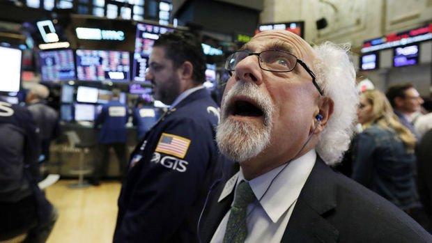 """Küresel Piyasalar: Hisseler geriledi, ABD vadelileri """"azil"""" haberine aldırış etmedi"""