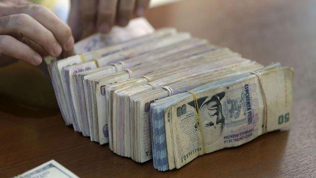 Arjantin Merkez Bankası 500 baz puan faiz indirdi
