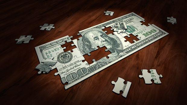 Dolar/TL yönünü yukarı çevirdi