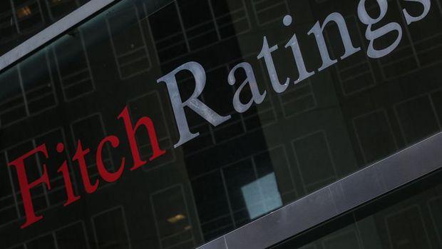 Fitch Arjantin'in 'sınırlı temerrüt' seviyesindeki notunu yükseltti