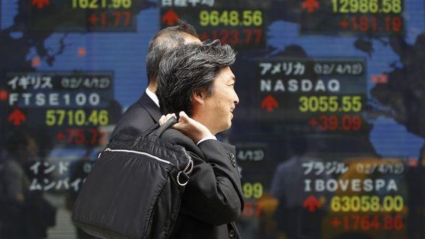 Asya'da hisse senetleri haftaya karışık başladı