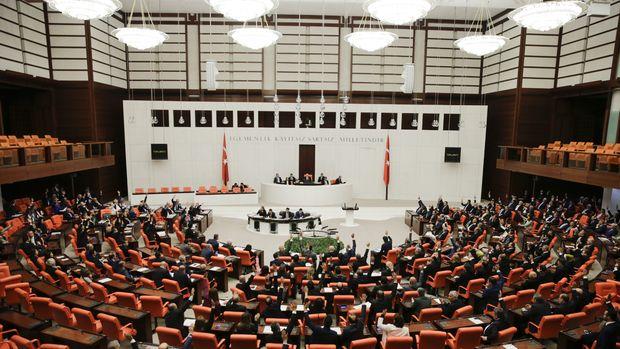 Meclis Libya tezkeresi için olağanüstü toplandı