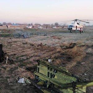 İRAN'DA UKRAYNA HAVAYOLLARI'NA AİT BOEİNG 737 YOLCU UÇAĞI DÜŞTÜ