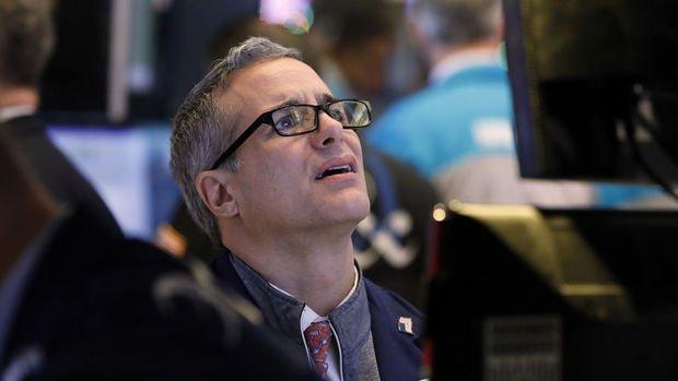 Küresel Piyasalar: Hisseler piyasada sinirlerin yatışması ile kayıplarını geri aldı