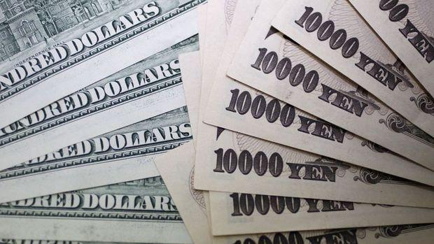 Yen dolar karşısında 8 ayın düşüğünden yükseldi
