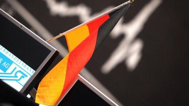 Alman sanayiciler ülkede büyümenin 2020'de daha da yavaşlamasını bekliyor