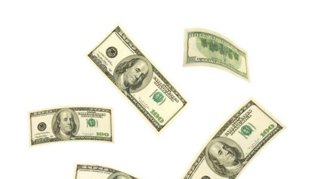 Dolar/TL faiz indiriminin ardından 5.85'in altına indi