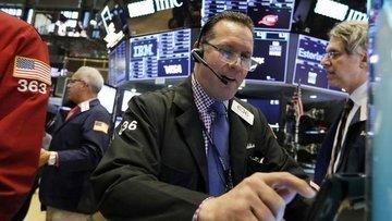 Küresel Piyasalar: Hisseler traderların verileri değerlen...
