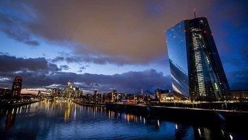 """Avrupa Merkez Bankası'nın """"kritik"""" toplantısından ne bekl..."""