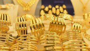 Gram altın hafif düşerek 298 lira civarına geriledi
