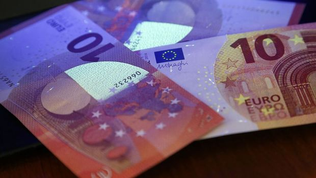 Euro zayıf Almanya verisi sonrası değer kaybetti