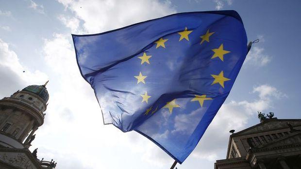 Euro Bölgesi 4. çeyrekte 6 yılın en düşük büyümesini kaydetti