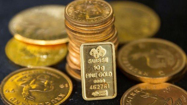 """Altın yatırımcıların """"virüs"""" değerlendirmesiyle geriledi"""